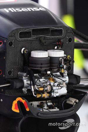 Red Bull Racing RB13, Vorderradaufhängung, Detail