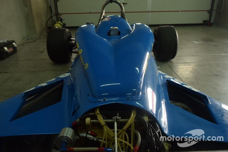 Il retrotreno della Williams FW07 Penthouse Rizla Racing di Rupert Keegan