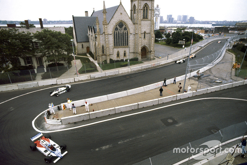 Chico Serra, Fittipaldi F8D-Ford Cosworth, Keke Rosberg ve Derek Daly, Williams FW08-Ford Cosworth