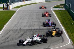 Lance Stroll, Williams FW40, Nico Hulkenberg, Renault Sport F1 Team RS17, Daniil Kvyat, Scuderia Toro Rosso STR12