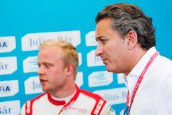 Alejandro Agag, Formula E CEO with Felix Rosenqvist, Mahindra Racing