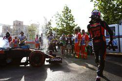 Carlos Sainz Jr., Scuderia Toro Rosso STR11 se retira de la carrera