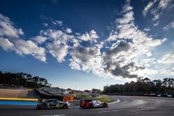 #44 Manor Oreca 05 Nissan: Tor Graves, Matthew Rao, Roberto Merhi and #98 Aston Martin Racing Aston