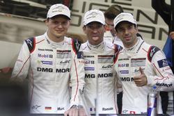 Pole position for #1 Porsche Team Porsche 919 Hybrid: Timo Bernhard, Mark Webber, Brendon Hartley