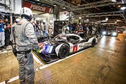 Pole winners #2 Porsche Team Porsche 919 Hybrid: Romain Dumas, Neel Jani, Marc Lieb
