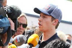 Daniil Kvyat, Scuderia Toro Rosso avec les médias