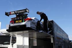 La voiture de Tom Blomqvist, BMW Team RBM, BMW M4 DTM