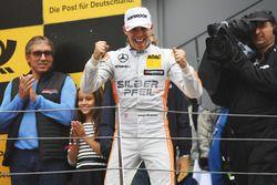 Podium: Racewinnaar Robert Wickens, Mercedes-AMG Team HWA, Mercedes-AMG C63 DTM