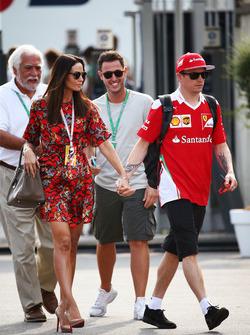 Kimi Räikkönen, Ferrari mit seiner Frau Minttu Raikkonen,