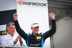 Podium: Sieger Josh Files, Target Competition, Honda Civic TCR