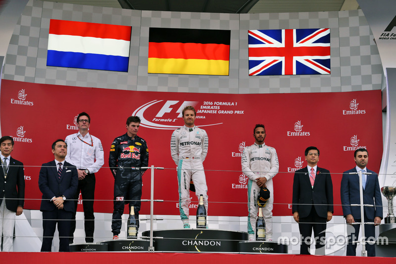The podium (L to R): second place Max Verstappen, Red Bull Racing; Race winner, Nico Rosberg, Mercedes AMG F1; third place Lewis Hamilton, Mercedes AMG F1