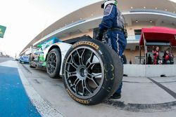 Continental-Reifen für #33 Riley Motorsports, SRT Viper GT3-R: Ben Keating, Jeroen Bleekemolen