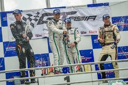 Podium: winner #7 Absolute Racing Bentley Continental GT3: Adderly Fong, Andrew Kim