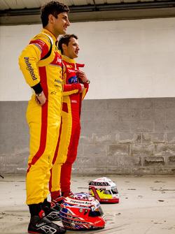 Mitch Evans, Campos Racing en Jordan King, Racing Engineering poseren voor de foto