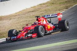 Kimi Raikkonen, Ferrari con los neumáticos Pirelli 2017