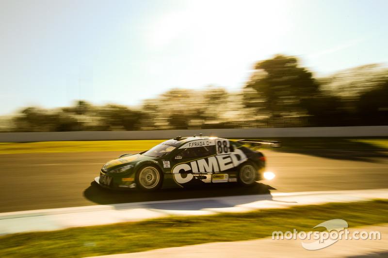 Felipe Fraga venceu a primeira bateria da etapa de Londrina da Stock Car. Ele agora tem 195 pontos, contra...