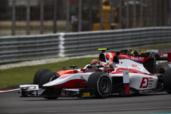 Nobuharu Matsushita, ART Grand Prix leads Daniel de Jong (NED, MP Motorsport