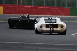 #19 Chevron B8 (1968): Andrew Owen, Mark Owen