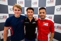 I primi tre al termine delle qualifiche: Nyck De Vries, ART Grand Prix; Matthew Parry, Koiranen GP;