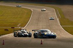 #78 KCMG Porsche 911 RSR: Christian Ried, Wolf Henzler, Joël Camathias, #2 Porsche Team Porsche 919