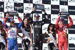 Podium: Scott Dixon, Chip Ganassi Racing, Chevrolet; Simon Pagenaud, Team Penske Chevrolet; Helio Ca