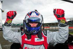 Обладатель поула в классе LMP1 - Марсель Фесслер, Audi Sport Team Joest