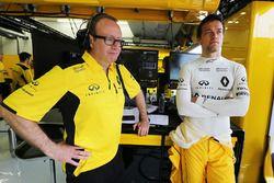 Mark Slade, Renault Sport F1 Team ingeniero de carrera con Jolyon Palmer, Renault Sport F1 Team