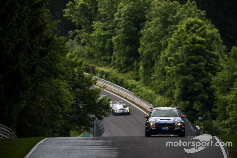 #51 Team Securtal Sorg Rennsport, BMW 335i: Niels Borum, Jeppe Degnbol Moller, Michael Eden, Wayne M