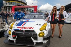 Grid girls with #24 Team Zakspeed, Nissan GT-R Nismo GT3