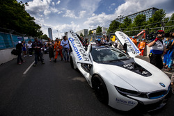 The Safety Car at the front of the grid