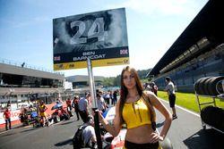 Chica de la parrilla de Ben Barnicoat, HitechGP Dallara F312 – Mercedes-Benz