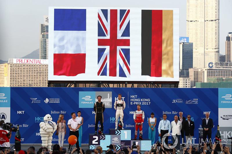 Podio: ganador, Sam Bird, DS Virgin Racing, segundo Jean-Eric Vergne, Techeetah, tercero Nick Heidfeld, Mahindra Racing