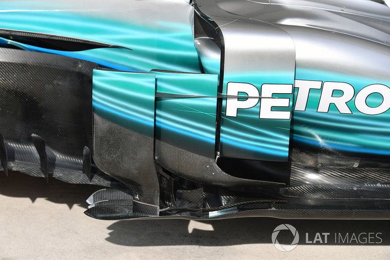Mercedes-Benz F1 W08 barge board detayı