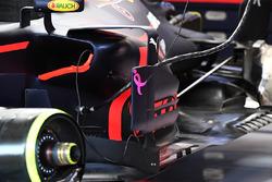 Red Bull Racing RB13 sidepod detalle