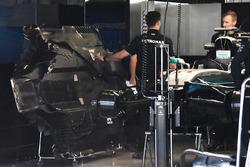 Mercedes AMG F1 debajo de la bandeja