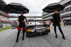 Chicas con el #107 Scuderia Corsa - Ferrari Silicon Valley Ferrari 488: Martin Fuentes