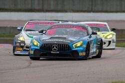 #66 Team Parker Racing Ltd Mercedes-AMG GT4: Nick Jones, Scott Malvern