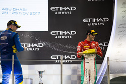 Podium : le vainqueur Oliver Rowland, DAMS (disqualifié), le troisième Antonio Fuoco, PREMA Powerteam (disqualifié)