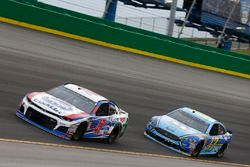 A.J. Allmendinger, JTG Daugherty Racing, Chevrolet Camaro Kroger ClickList Ricky Stenhouse Jr., Roush Fenway Racing, Ford Fusion Fifth Third Bank