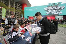 Anthony Davidson, Toyota Gazoo Racing, Kazuki Nakajima, Toyota Gazoo Racing