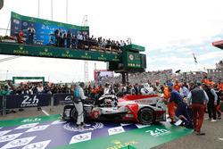 Ganadores #8 Toyota Gazoo Racing Toyota TS050: Sébastien Buemi, Kazuki Nakajima, Fernando Alonso