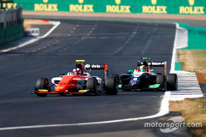 Уилл Палмер, MP Motorsport, и Алессио Лоранди, Trident