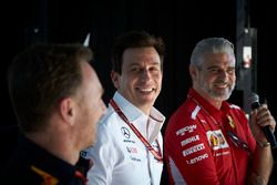 Christian Horner, Team Principal, Red Bull Racing, Toto Wolff, Executive Director (Business), Merced