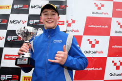 Podio: terzo posto, Billy Monger, Carlin