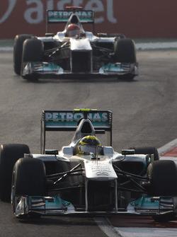 Nico Rosberg, Mercedes GP W02, Michael Schumacher, Mercedes GP W02