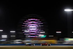 رقم 99 فريق جي دي سي / ميلر موتورسبورتس: كريس ميلر وغوستافو مينيزيس وميخائيل غويخبرغ وستيفن سيمبسون