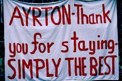 Taraftarlardan Ayrton Senna'ya mesaj