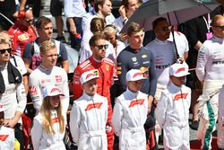 Grid kids and drivers on the grid