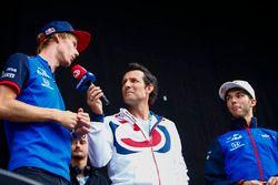 Brendon Hartley, Toro Rosso, is interviewed on stage, alongside Pierre Gasly, Toro Rosso