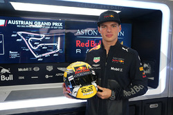 Max Verstappen, Red Bull Racing with his special helmet